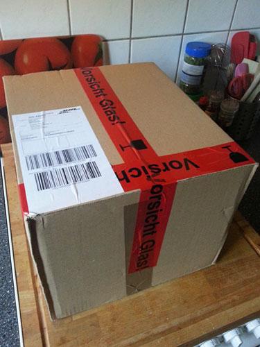 Das Paket mit unserem neuen Omniblend kommt an...