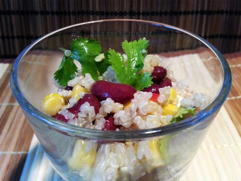 Quinoa-Bohnen-Salat mit Chili-Vinaigrette - Rezept aus Köstlich Vegetarisch - Ausgabe 01/2013