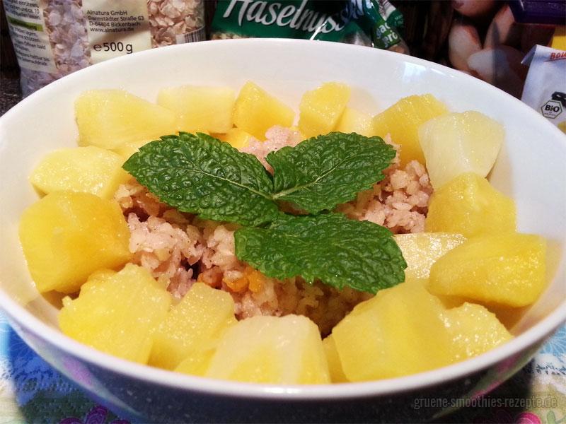 Vegan Fasten - Tag 3 - Warmes Reisflockenfrühstück mit Ananas