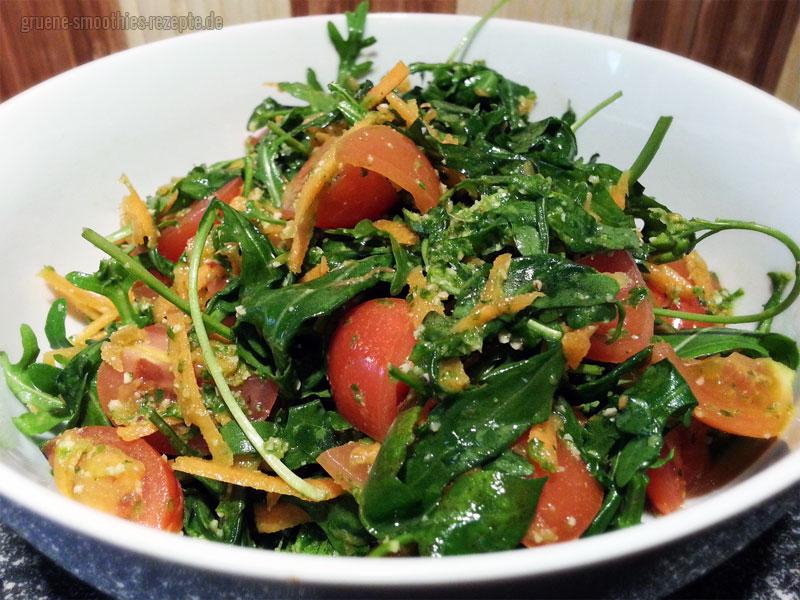 Vegan Fasten - Tag 5 - Fastensalat mit Rucola, Tomaten und Möhren