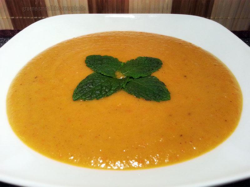 Vegan Fasten - Tag 7 - Kürbissuppe mit Aprikosen