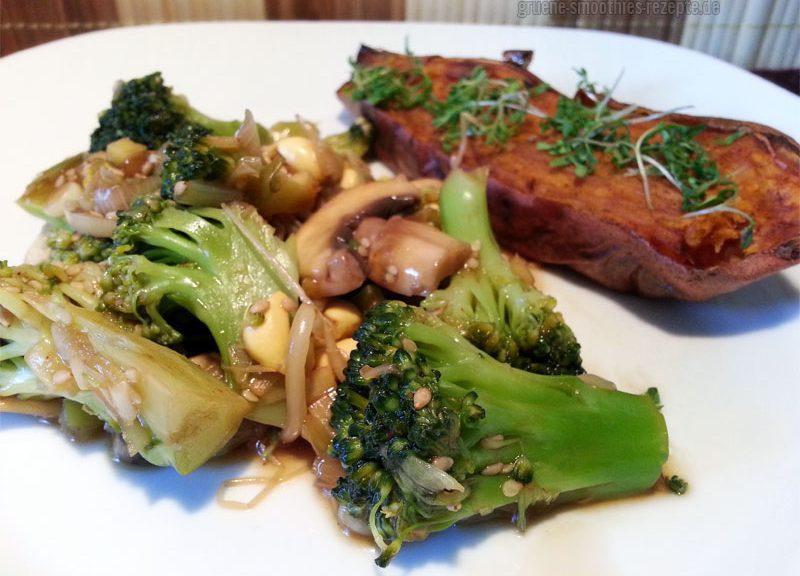 Vegan Fasten - Tag 8 - Zweierlei Pilze und Brokkoli in pikanter Sosse
