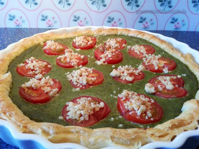 Bärlauchquiche mit Blätterteig und Tomaten - a la Cookies&Style