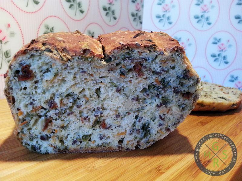 Das wundervolle Frühlings-Bärlauch-Brot von Regina