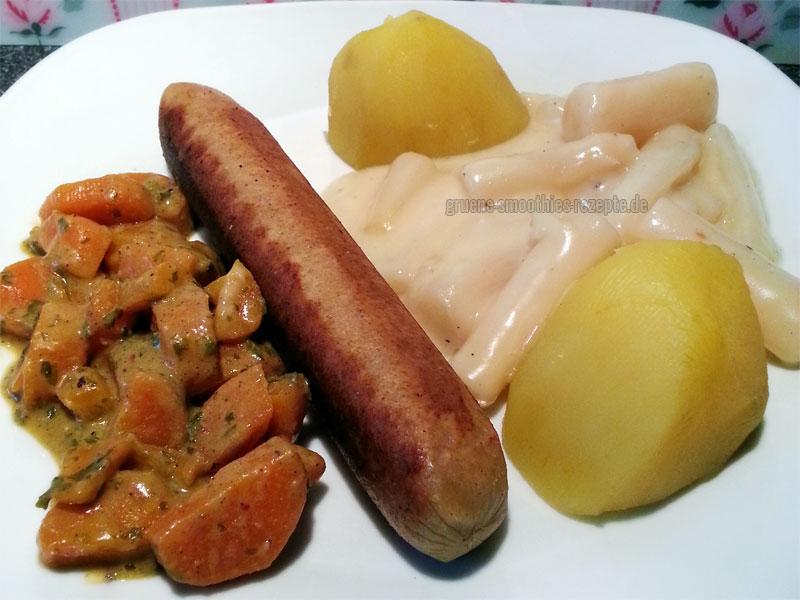 BBQ-Veggie-Grillbratwürstchen mit Schwarzwurzeln, Kartoffeln und ein orientalisches Möhrengemüse