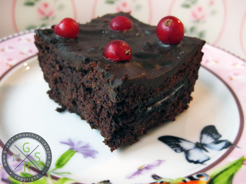Rote Bete Brownies mit Oreofüllung - Yammie Yam.