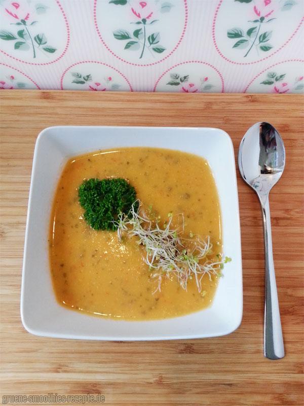 Yammie - Die Paprika-Sellerie-Suppe mit Kokosmilch für herbstliche Tage