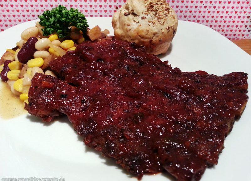 Vegane Spareribs aus Soja Big Steaks mit Barbecue Bohnesalat und selbstgemachten Dinkelbrötchen - Yammie :)