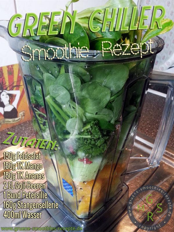 Grüner Smoothie mit Goji-Beeren, Feldsalat, Petersilie, Stangensellerie, Mango und Ananas