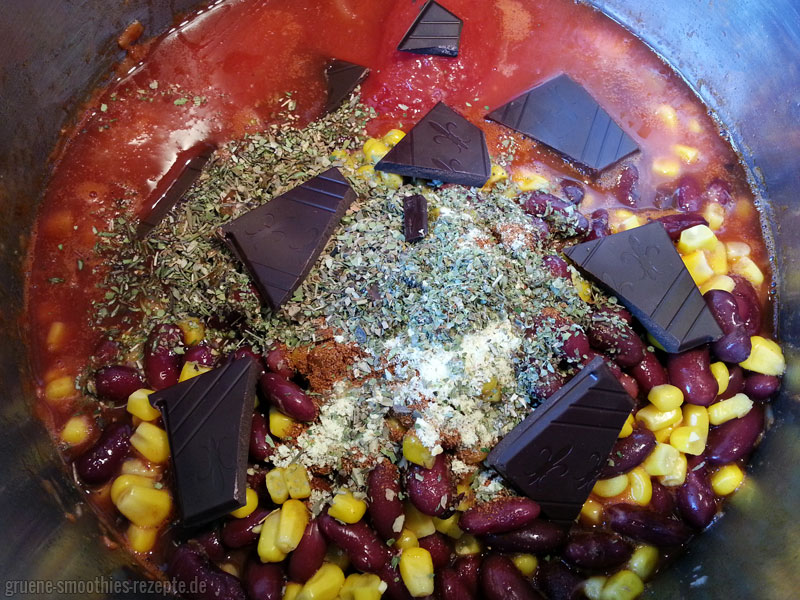 Veganes Chili sin Carne mit Zartbitter-Schokolade