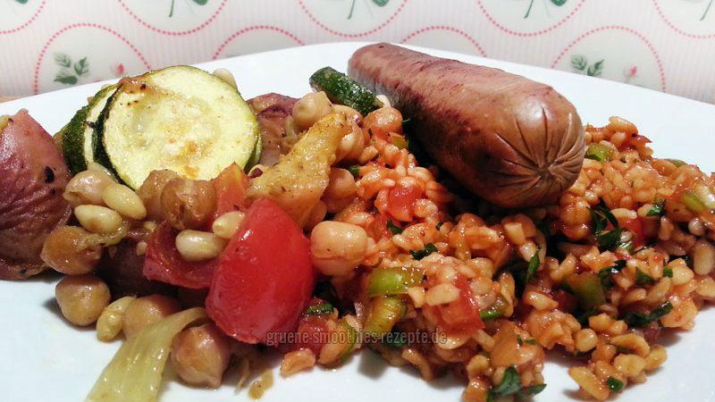 ...auch als Beilage ist der vegane türkische Bulgursalat (Kisir) bestens geeignet :)