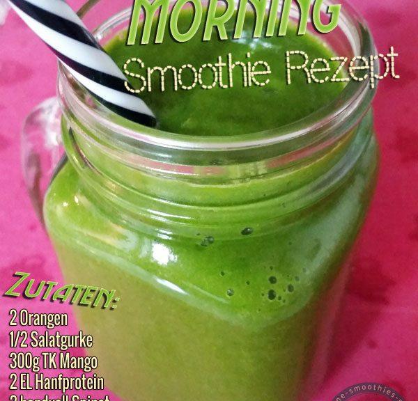 Grüner Smoothie mit Matcha, Hanfprotein, Spinat, Gurke, Mango und Orange