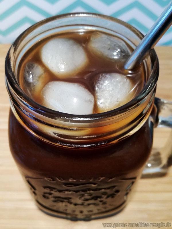 Mein Cold Brew Kaffee mit frischer Minze, Ingwer und Bio-Orange - Perfekt für heiße Sommertage