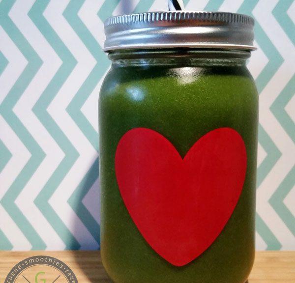 Grüne Smoothies mit Matcha sind genau das richtige um sanft geweckt zu werden.